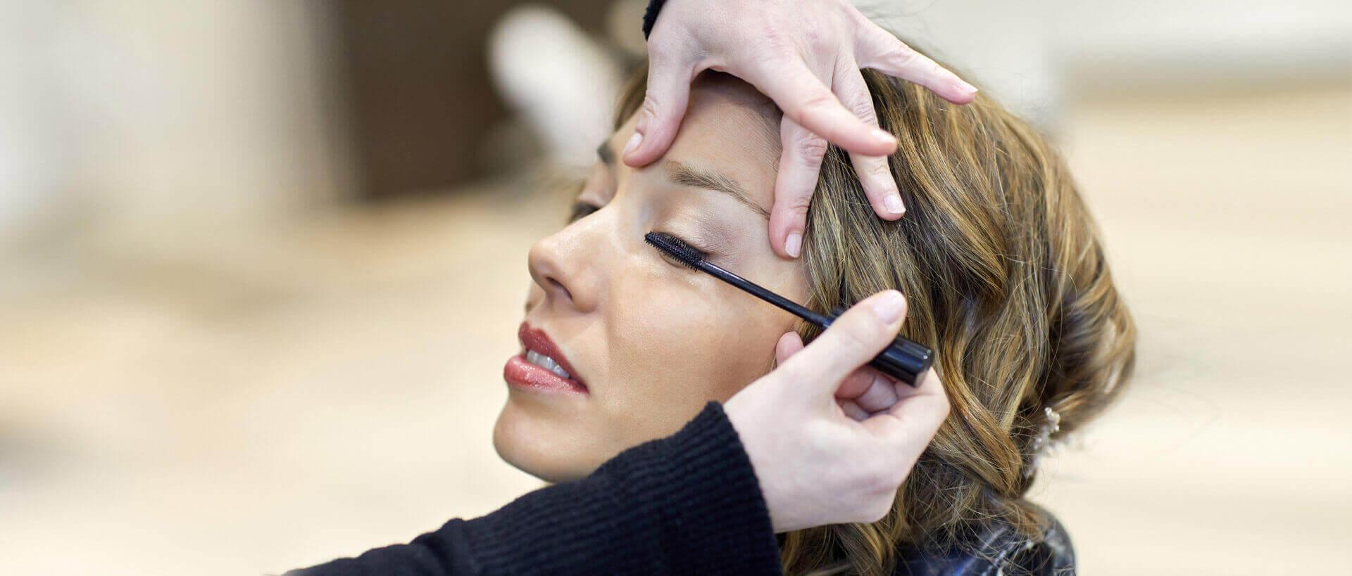 Maquillaje de ojos en Donostia San Sebastián Esther Ileapaindegia